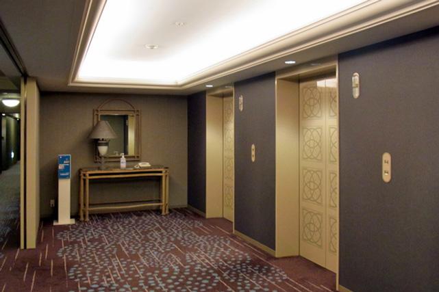 メトロポリタン長野_エレベーターホール