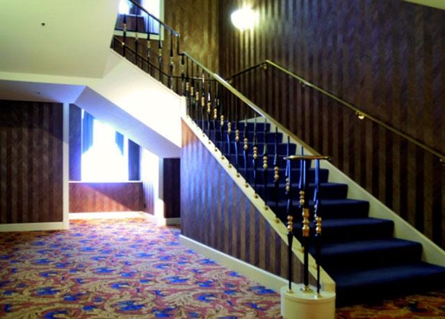 名古屋マリオットアソシア_クラブラウンジへの階段