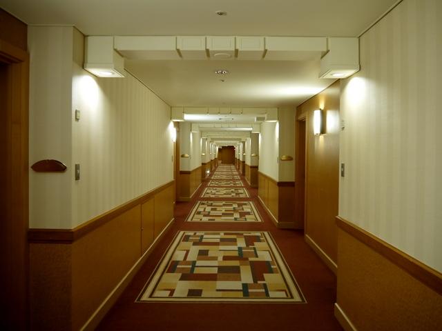 ホテルオークラ東京_客室階廊下
