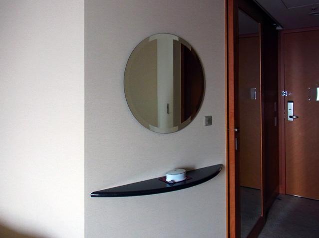 横浜ベイホテル東急_鏡