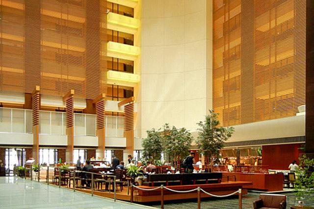 ストリングスホテル東京_ロビー
