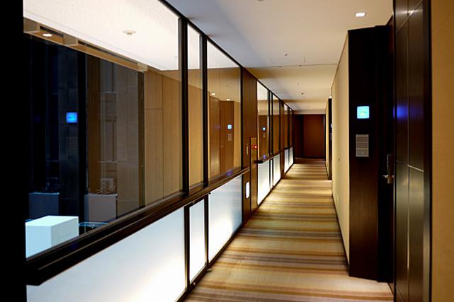 ストリングスホテル東京_廊下