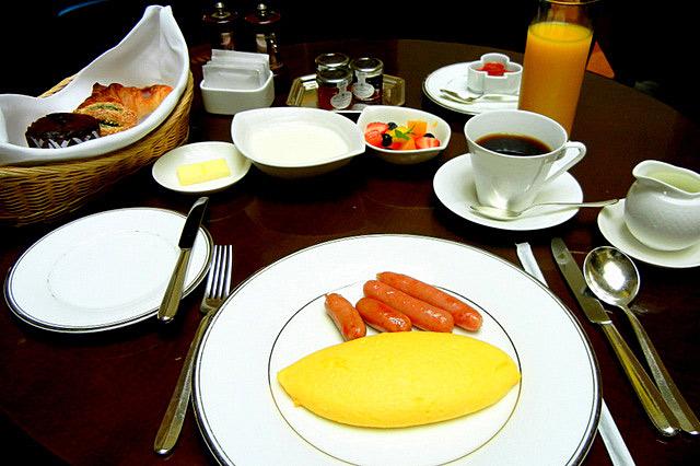 ストリングスホテル東京_朝食