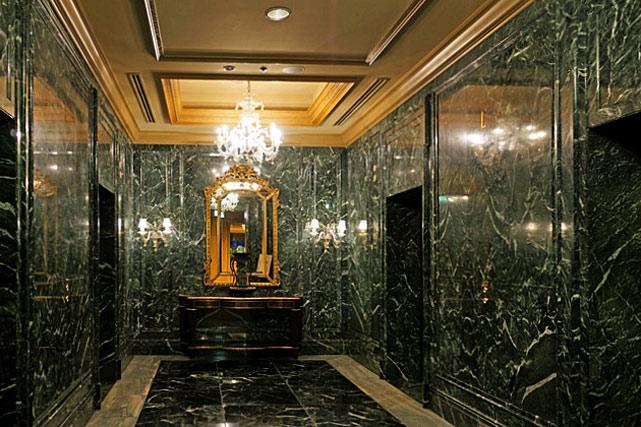 椿山荘東京_エレベーターホール