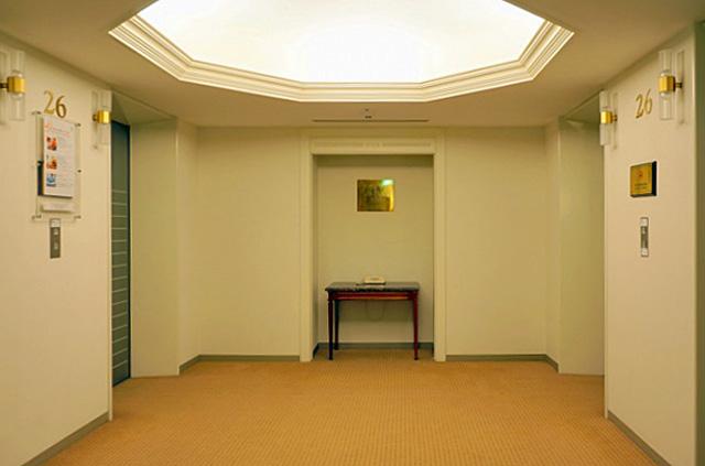 シェラトン札幌_エレベーターホール