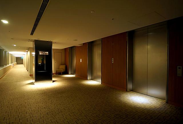 アソシア新横浜_エレベーターホール