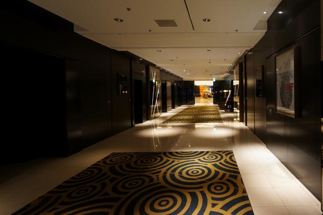 札幌グランドホテル_ロビー階廊下