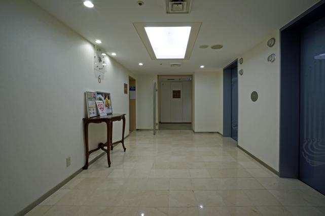 グランドヒル市ヶ谷_エレベーターホール