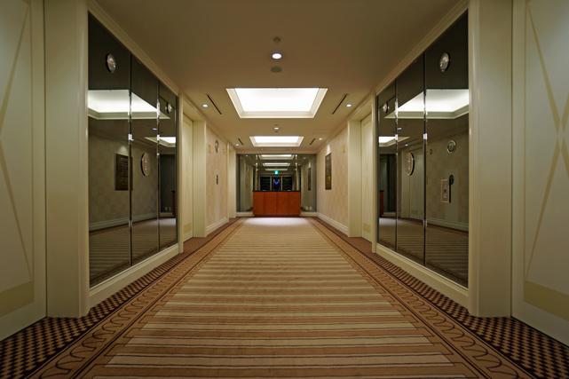 帝国ホテル大阪_客室階エレベーターホール