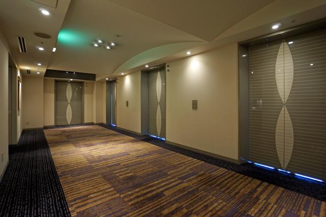 ロイトン札幌_エレベーターホール