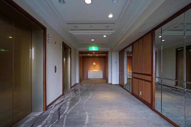 オークラアカデミアパーク_エレベーターホール