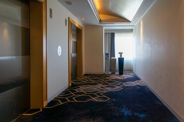 ホテル日航熊本_エレベーターホール