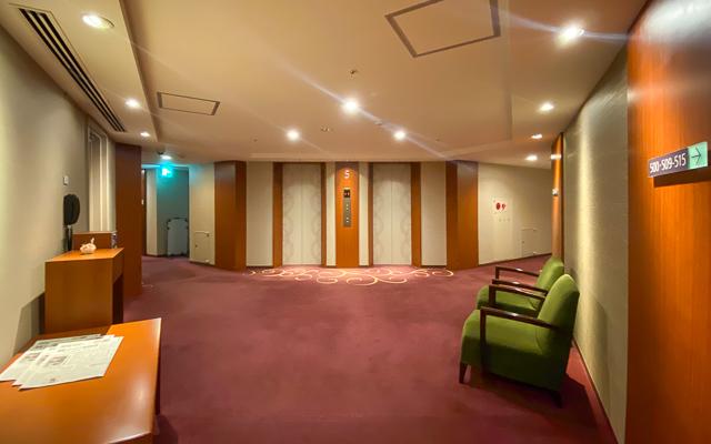 秋田キャッスルホテル_エレベーターホール